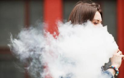 Что мешает приравнять вейпы и кальяны к сигаретам