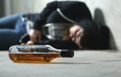 В России за 5 лет от отравления алкоголем умерло 78000 человек