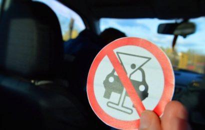 Пристрастие к алкоголю и наркотикам не позволит сесть за руль